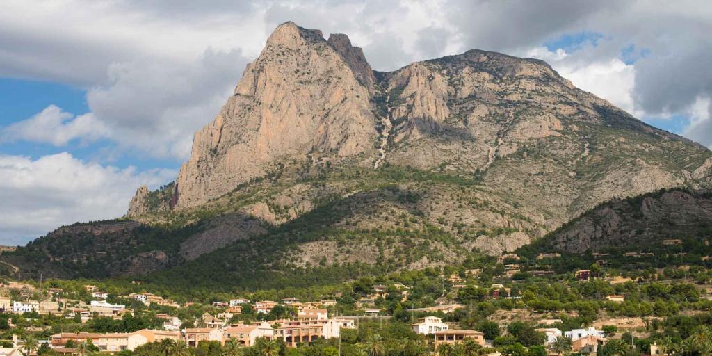 Земля в испании купить дом в малаге